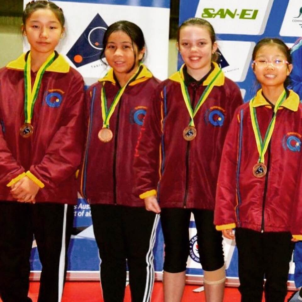 under 11 girls bronze